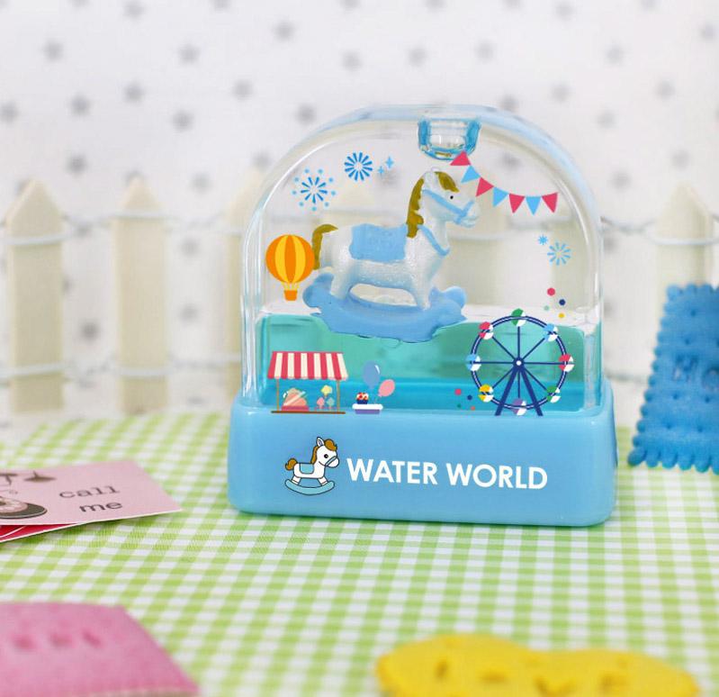 water-world-carousel-ww25.jpg
